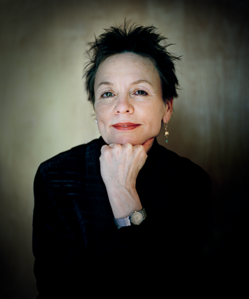 Photo representing Laurie Anderson